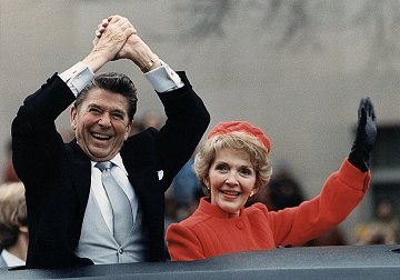Pres. Ronald Reagan en sy vrou, Nancy, in 1981